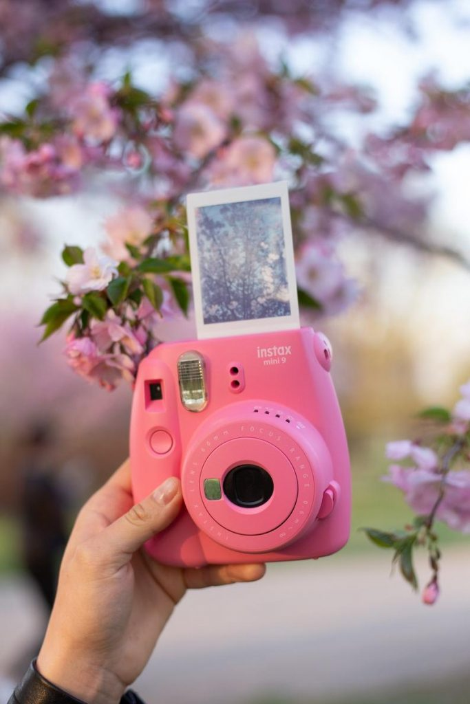 wedding gift for maid of honor from bride:Fujifilm Instax Mini 9 Photo Camera