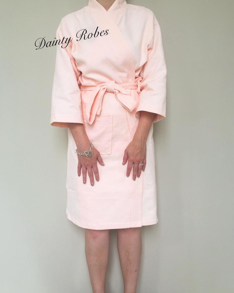 gifts for mom on wedding day:Personalised Robe