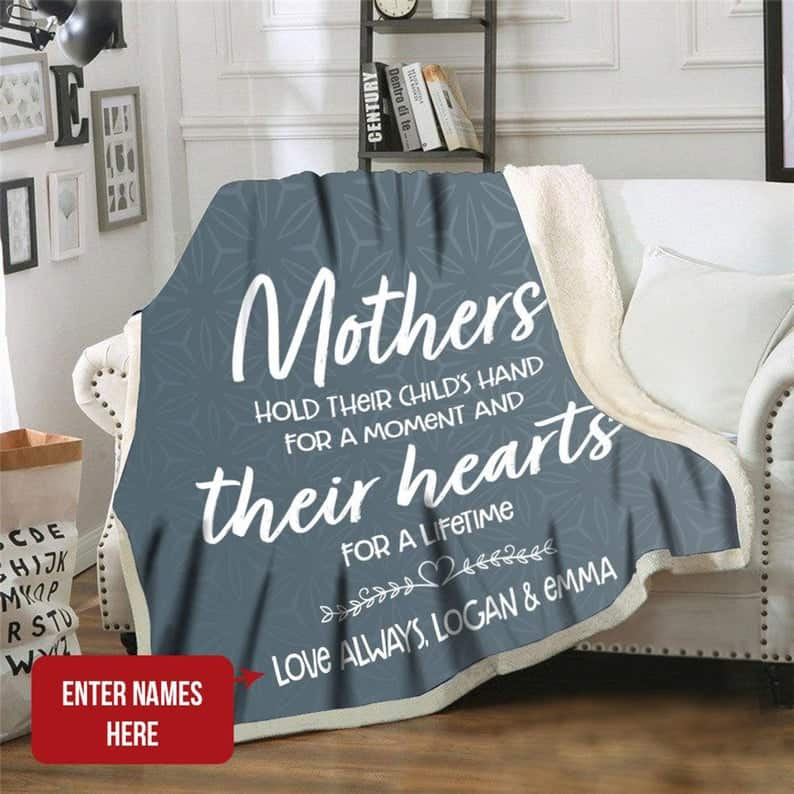 wedding gifts for mother in law:Personalized Mom Blanket