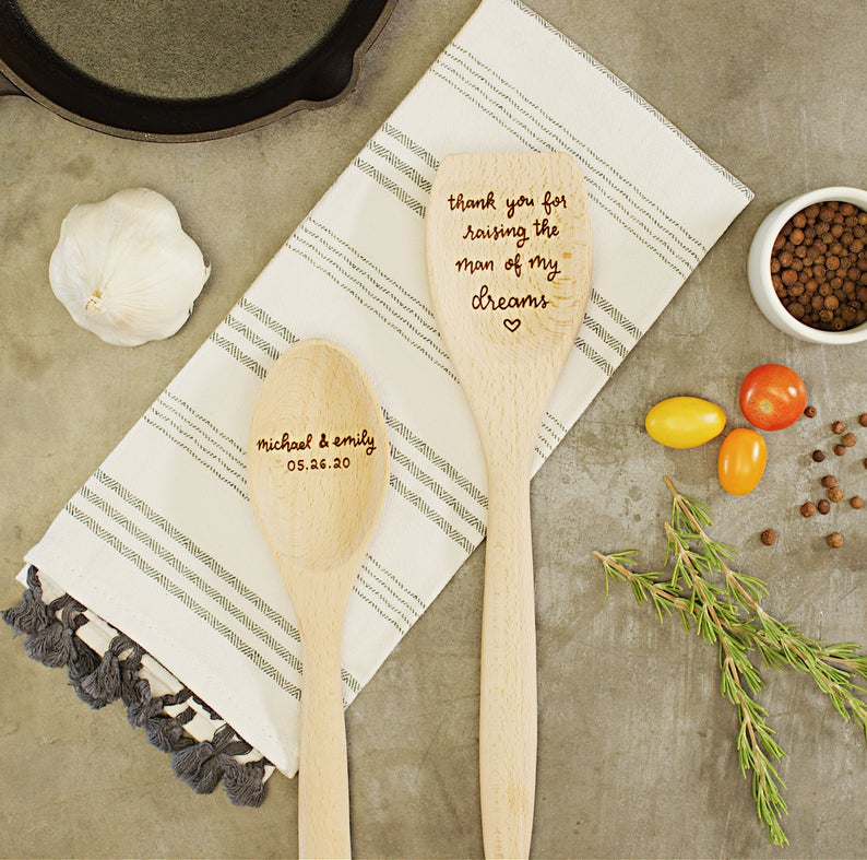 wedding gifts for parents from bride and groom:Personalized spoon