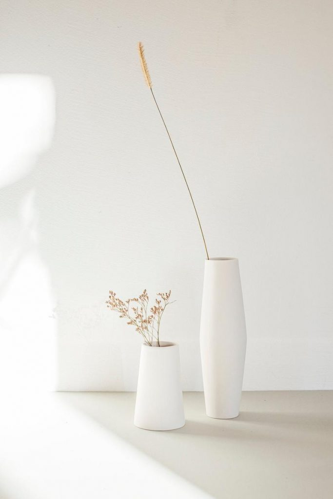 Vase porcelain