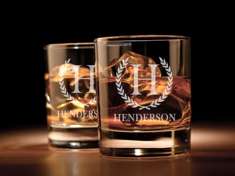 best man gifts - personalized whiskey glass