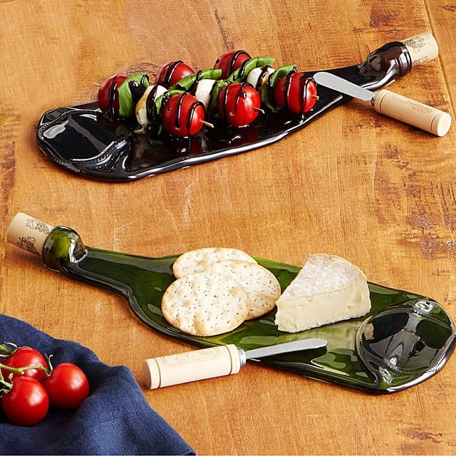 bridesmaid gift ideas - wine bottle platter with spreader