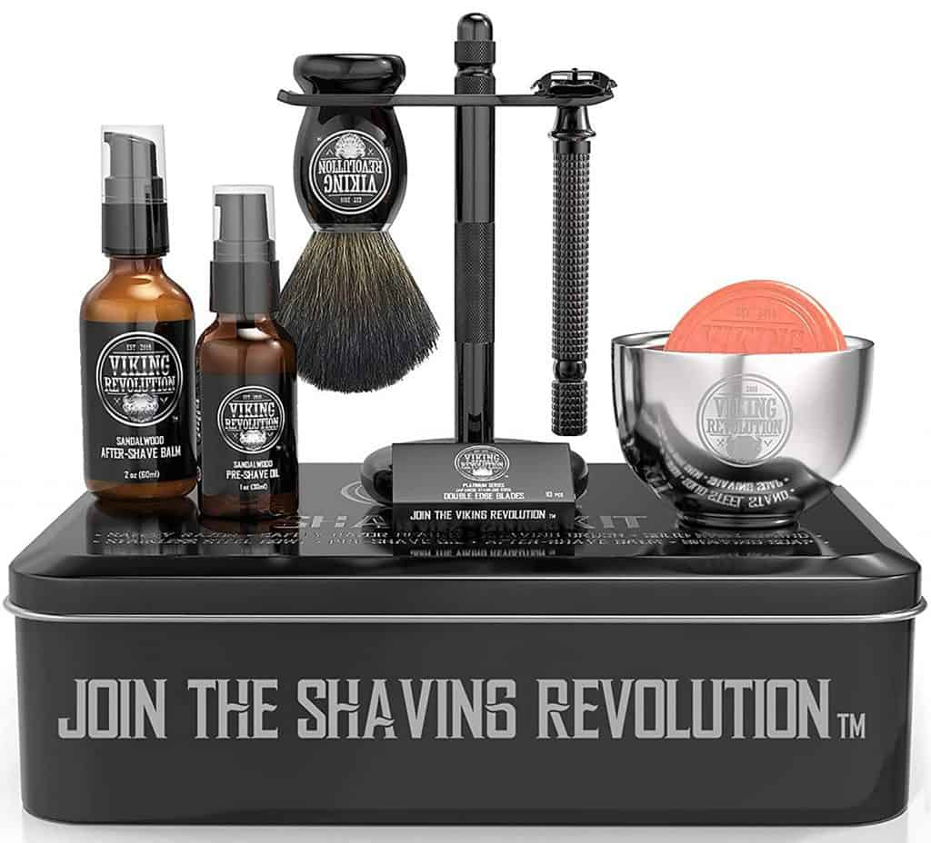 best groomsmen gifts - shaving kit