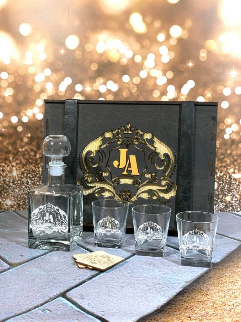 personalized groomsmen gifts - whiskey decanter