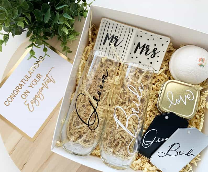 gift for engagement party:Couple Gift Box