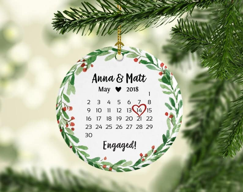 engagement gifts for best friends:Ornament Red