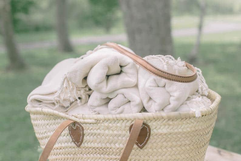 throw blanket - wedding favor ideas