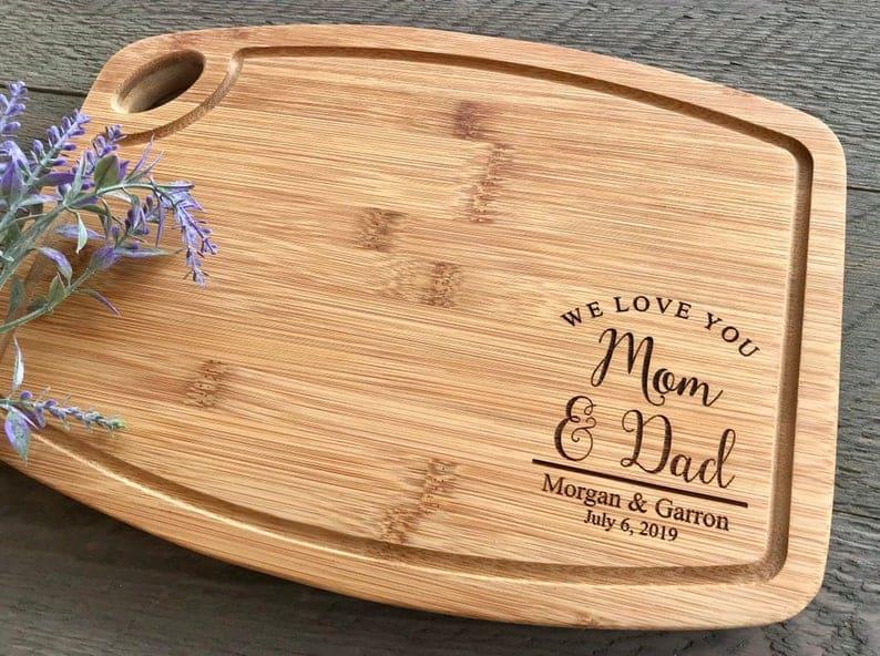 wedding gift ideas - cutting board