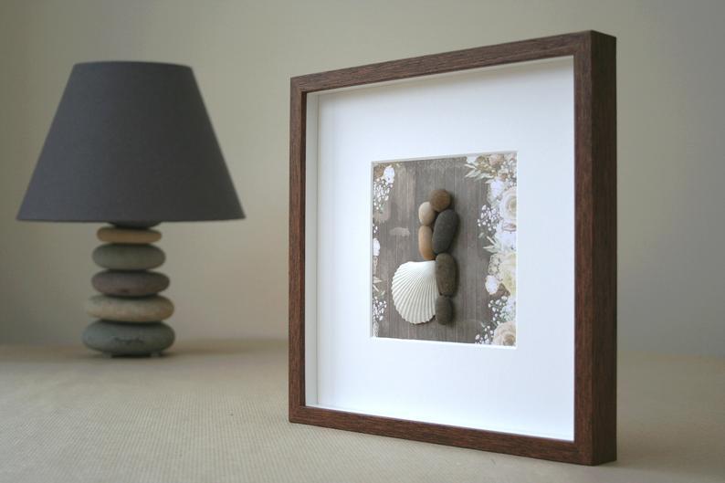 wedding gift ideas - pebble art