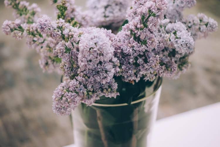 unique wedding shower themes:Spring Lilacs