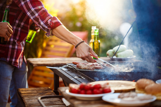 bachelor party ideas - BBQ backyard