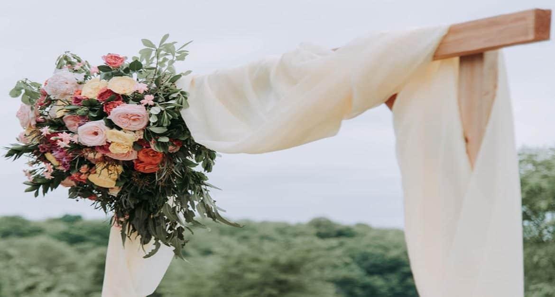 DIY Wedding arch 2