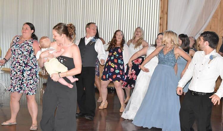 wedding reception activity ideas:just dance