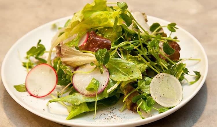 great wedding reception ideas:Spring Green Salad