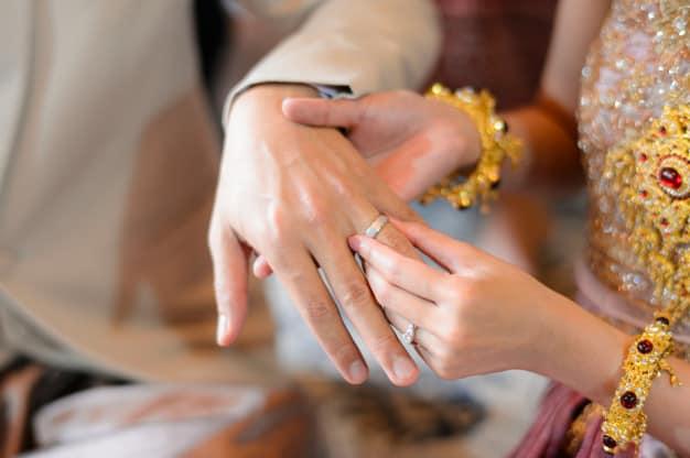 buddhist marriage ceremony:ring exchange
