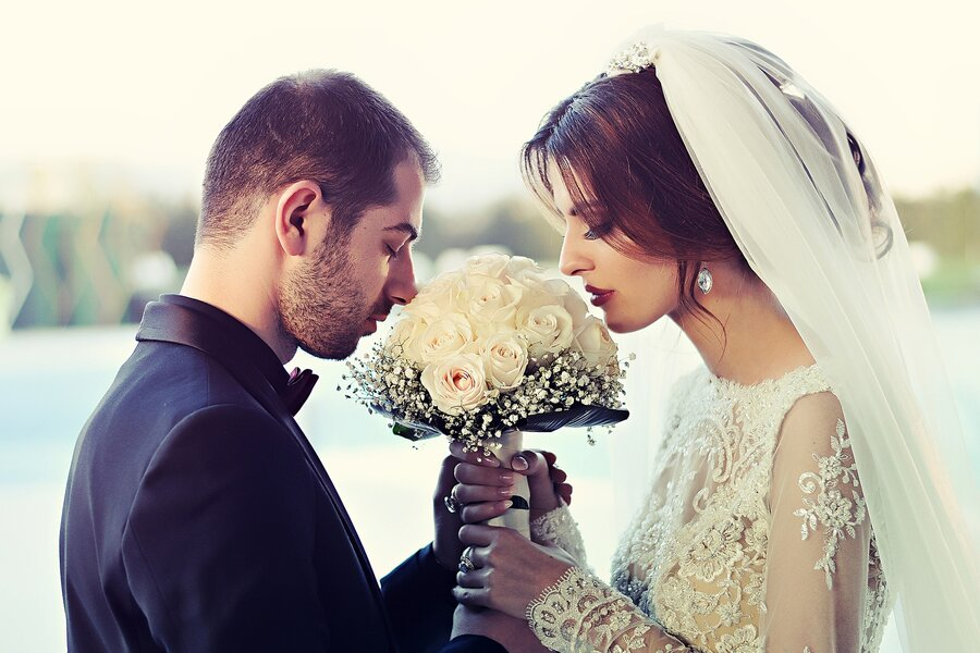 wedding ceremony order - bride and groom