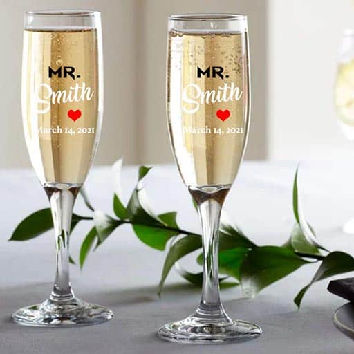 gifts for lesbian marriage:Champagne Glass Set