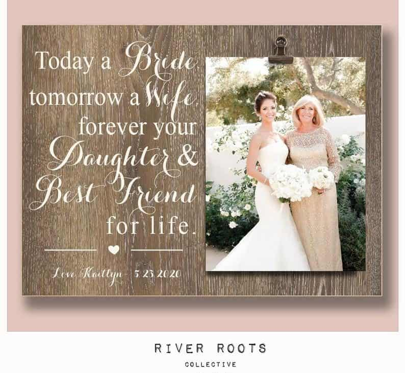 wedding gift from mother to daughter:Picture Frame: