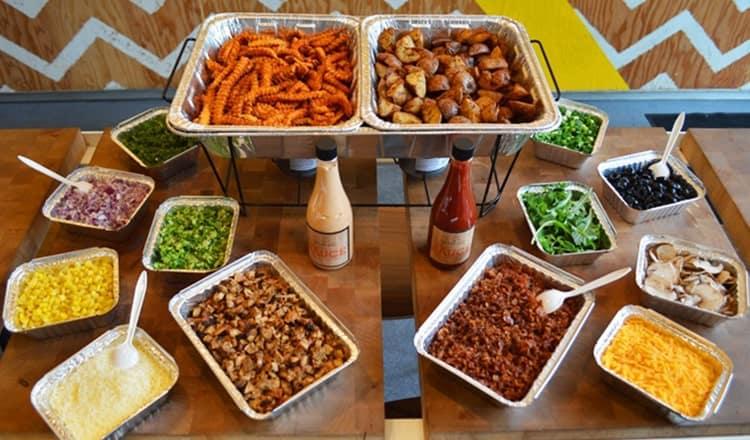 popular wedding food:Potato Bar