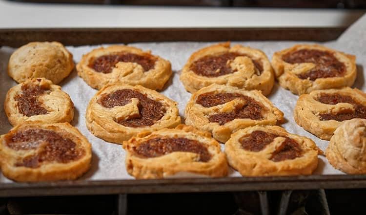 food for wedding reception:Sausage Chive Pinwheels