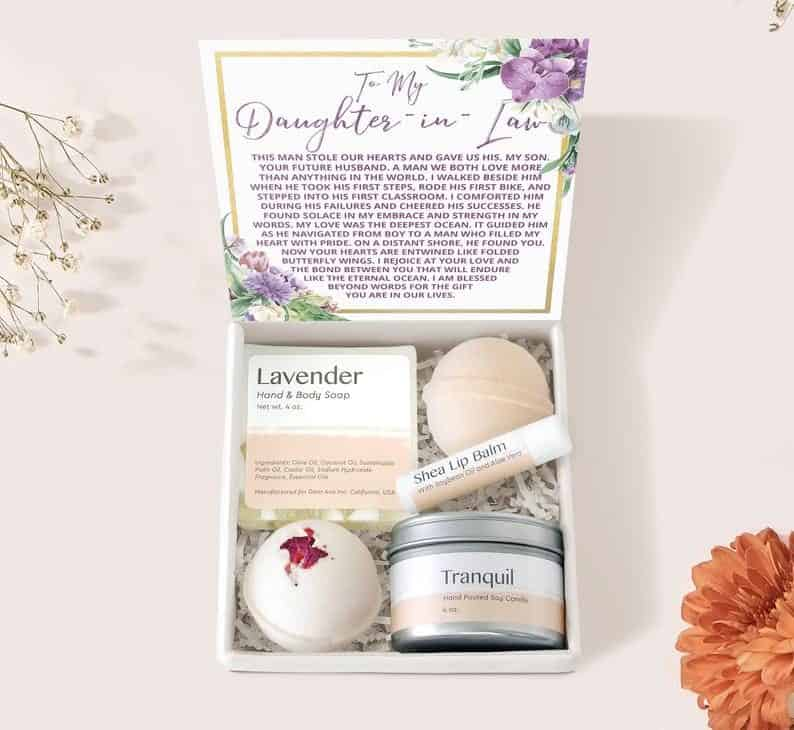 Skincare Gift set to Daughter-in-law