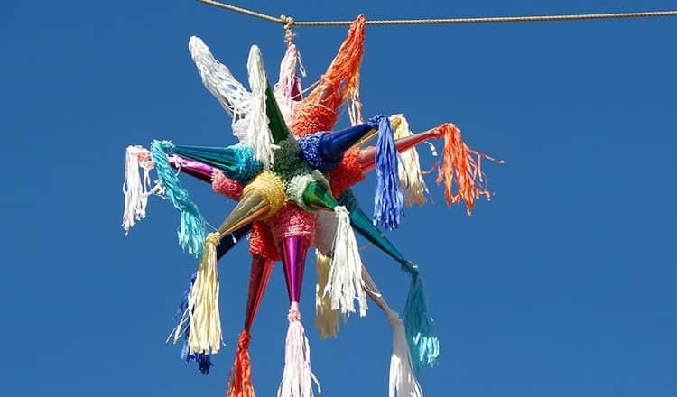 wedding activities for kids:Pinata
