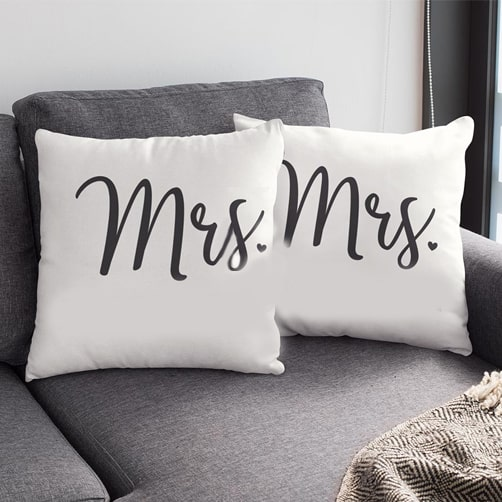 mrs-mrs-pillow