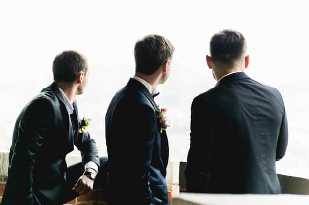 Best Outdoor Groomsmen Gifts for Nature Lovers