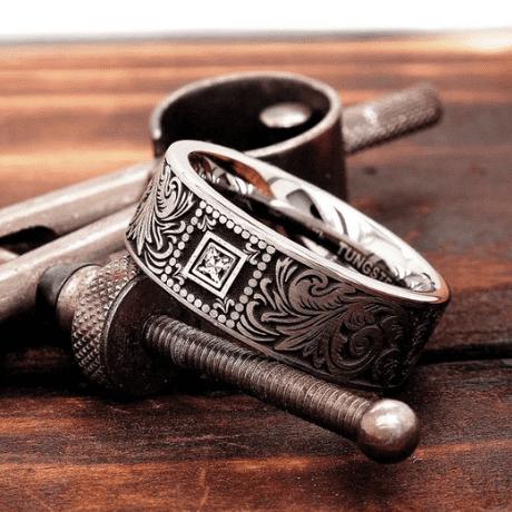10 year anniversary gift - diamond ring