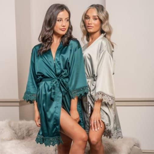 gift ideas for fiance female: Robe
